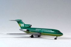 Jet-X JX034 Boeing 727-100 Braniff International. Diecast with plastic parts. 1:400 Scale. Visit http://thegeniescave.co.uk/product-category/diecast/jet-x/