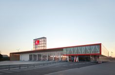 Firestation for the city of Puurs / Compagnie O Architects