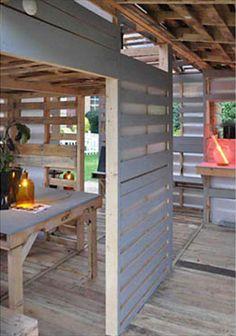 DIY Pallet House Instructions - I-Beam Design | 99 Pallets