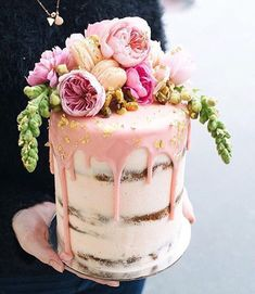 Semi naked cake with chocolate candy drip and floral topper Gorgeous Cakes, Pretty Cakes, Cute Cakes, Amazing Cakes, Nake Cake, Kreative Desserts, Bolo Cake, Floral Cake, Drip Cakes