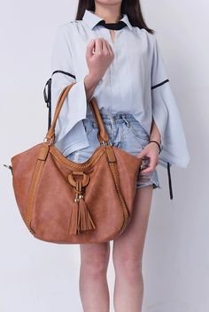 PU Leather Large Casual Tote for Women - Bagnclutches PU Leather Large Casual Tote for Women – BagnclutchesTote Bag Stylish Handbags, Handbags For Men, Leather Handbags, Leather Bags, Luxury Handbags, Large Leather Tote Bag, Large Tote, Eco Bags, Best Tote Bags