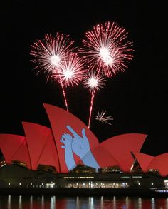 sydney opera house changed for World Aids Day