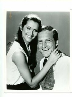 Frank and Joyce in Hill Street Blues Veronica Hamel, Back In The Day, How To Memorize Things, Blues, Tv Shows, Actors, Couple Photos, Film, Street