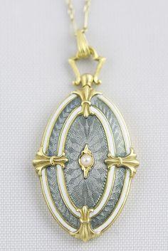 Gorgeous Gold Locket with Enamel --c.1900!