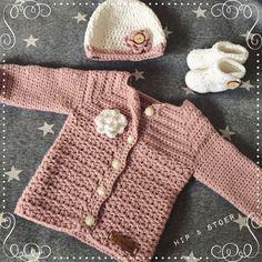 Afbeeldingsresultaat voor stoer vestje meisje haken Crochet For Kids, Crochet Baby, Pregnancy, Creative, Sweaters, Baby Haken, Fashion, Crochet Baby Dresses, Tejidos