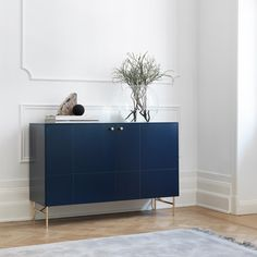 Infinity Blue sideboard i Golden pattern. Angles Low legs in brass and Mini Balls handles in solid brass. This sideboard is built around… Furniture Handles, Furniture Legs, Furniture Design, Cheap Furniture, Inexpensive Furniture, Side Board, Muebles Living, Ikea Frames, Ikea Cabinets
