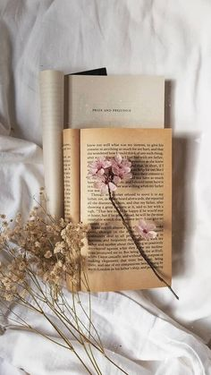 Book Aesthetic, Flower Aesthetic, Aesthetic Images, Aesthetic Vintage, Book Wallpaper, Flower Phone Wallpaper, Aesthetic Pastel Wallpaper, Aesthetic Wallpapers, Book Photography