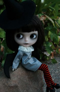 blythe - Evie the good witch  by Zaloa27, via Flickr