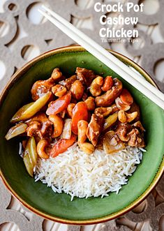 Crock Pot Cashew Chicken Recipe! This Asian inspired slow cooker recipe tastes amazing and is so easy to make!
