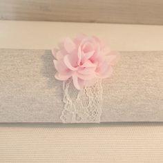 Rond de serviette dentelle fleur rose pâle - 5 pièces                                                                                                                                                     Plus
