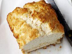 Brot mit Buttermilch | http://eatsmarter.de/rezepte/brot-mit-buttermilch