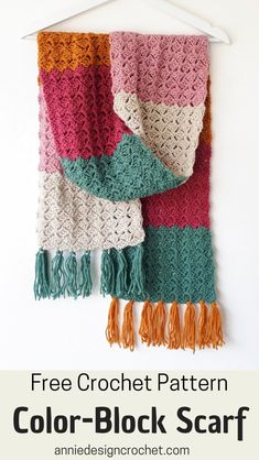Crochet scarves 453315518744552995 - Free crochet pattern for a cosy winter scarf in crochet. Easy beginner pattern to work up in worsted weight yarn in colour block stripes. Perfect for using up stash! Crochet C2c, Beginner Crochet, Knitting Beginners, Knitting Patterns, Crochet Patterns, Crochet Simple, Crochet Winter, Crochet Accessories, Crochet Scarves