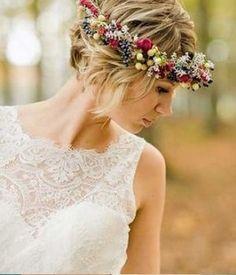 Fryzury ślubne - krótkie włosy