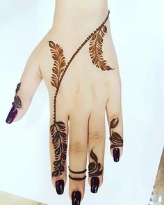 here you are going getting such brilliant amazing artwork for parties and festivals Latest Henna Designs, Henna Tattoo Designs Simple, Floral Henna Designs, Finger Henna Designs, Henna Art Designs, Mehndi Designs 2018, Mehndi Designs For Beginners, Modern Mehndi Designs, Mehndi Designs For Girls