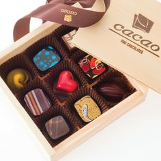 Customise your chocolate box with the chocolate selector today & fill up your 10 piece chocolate box with our finest handmade chocolates. Best Chocolate Gifts, Homemade Chocolate, Wooden Gift Boxes, Wooden Gifts, Chocolate Delivery, Cacao Chocolate, Handmade Chocolates, Chocolate Packaging, Macarons