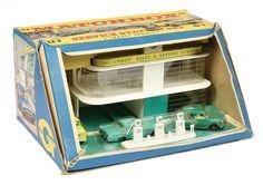 Antique Toys, Vintage Toys, Toy Garage, 1960s Toys, Corgi Toys, Toy Display, Matchbox Cars, Metal Toys, Toy Trucks