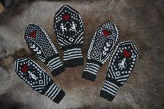 Kjærestevotter Mittens, Gloves, Socks, Knitting, Hats, Handmade, Sock Knitting, Blogging, Fingerless Mitts