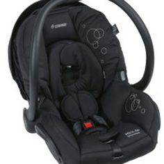 Hire or lend baby equipment to other parents all over Australia and New Zealand. Book now to rent a BabyZen YoYo baby stroller or try out a Bugaboo pram. Melbourne, Sydney, Pet Plastic Bottles, Tree Hut, Rock A Bye Baby, Baby Equipment, Shabby Chic Table And Chairs, Preparing For Baby, Travel System
