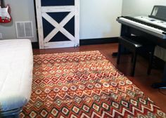 Rug for the music zone.