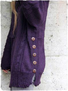 Maglione - Poncho in lana d'alpaca #maglione #poncho #lana #alpaca #Peru #modaetnica #ethnicalfashion #alpacaswhool #lanadialpaca #peruvianfashion #peru #lamamita #moda #fashion #italianfashion #style #italianstyle #modaitaliana #lamamitafashion