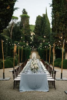 Vignamaggio table setting Tuscany wedding