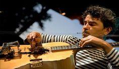 Dalla #Sardegna all'#Uruguay il profumo della libertà. Scopri la particolarissima chitarra a 18 corde di Paolo Angeli che ha stregato il Jazz Tour Uruguay di #Montevideo