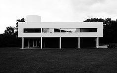 Le Corbusier – Charles-Édouard Jeanneret-Gris (1887-1965) | Villa Savoye | Poissy, France | 1928-1931 | Restauré en 1985o