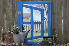 Shed window mirror frame Make Your Own Optical Illusion Garden Mirror. There's a simple trick that makes this project much easier than it looks! Garden Crafts, Garden Projects, Garden Art, Garden Ideas, Backyard Ideas, Garden Junk, Wood Projects, Fairy Garden Doors, Garden Gates
