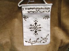 henna on pocket bag