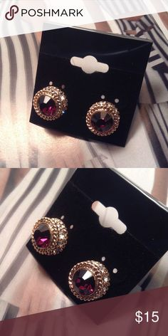 Burgundy Studs These gorgeous earrings feature burgundy rhinestone and clear rhinestones on a gold tone setting. (This closet does not trade or use PayPal ) Son Paises Jewelry Earrings