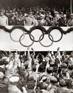 1936, Allemagne, Berlin, Adolf Hitler lors des Jeux Olympi… | Flickr