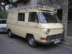Mercedes-Benz N1300