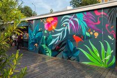 Concrete wall art paint 40 ideas for 2020 Graffiti Wall Art, Murals Street Art, Mural Wall Art, Mural Painting, Street Art Graffiti, Street Wall Art, Mural Floral, Flower Mural, Flower Wall
