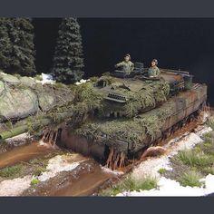 Leopard PART1 scale: 1:35  By: Sergey Kovalyov From: diorama.ru  #scalemodel #plastimodelismo #miniatura #miniature #miniatur #hobby #diorama #humvee #scalemodelkit #plastickits #usinadoskits #udk #maqueta #maquette #modelismo #modelism
