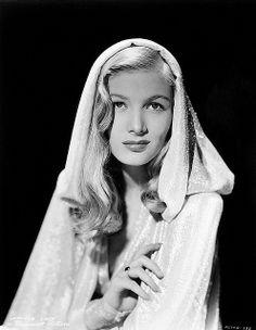 Veronica Lake 1940s publicity photo