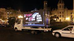 Campaña para la Feria 2Ruedas por las calles de Valencia