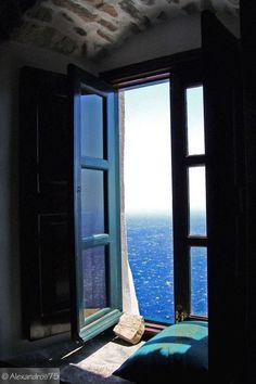 Pingl par ida franco sur my blue ocean pinterest for Fenetre sur cour casablanca