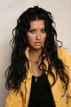 The Beautiful Christina Aguilera Christina Aguilera Black Hair, Christina Aguilera Stripped, Christina Aguilera Dirrty, Shakira, Divas, Beautiful Christina, Christina Model, Hair Evolution, Celebrity Beauty