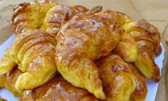 club -&nbspextranews Resources and Information. Greek Sweets, Greek Desserts, Greek Recipes, Croissants, Food Network Recipes, Cooking Recipes, The Kitchen Food Network, Pastry Cook, Healthy Recepies