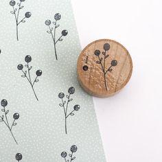 Coasters, Clock, Home Decor, Bouquets, Stamps, Homemade Home Decor, Watch, Coaster, Interior Design