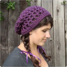 Gleeful Things Free Crochet Pattern: Waffle Cone Slouchy Hat, lovely share: thanks so xox Sombrero A Crochet, Crochet Beanie, Knit Or Crochet, Crochet Scarves, Knitted Hats, Quick Crochet, Crochet Needles, Knitting Patterns, Crochet Patterns