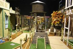 Come And Enjoy Mega Mini Golf S American Style Themed Indoor Mini Golf Pictures Indoor Miniature Golf, Indoor Mini Golf, Indoor Play, Golf Images, Golf Pictures, Putt Putt Mini Golf, Blacklight Mini Golf, Golf Club Reviews, Golf Cart Covers
