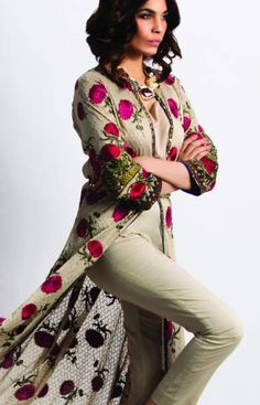 VIVA SANA SAFINAZ Sana Safinaz's Autumn/Winter 2015 pret collection consists of 8 new product lines that are an eclectic mix of prints, patterns and