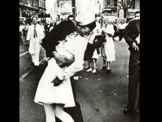 1945 The VJ Day Kiss
