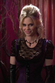 """True Blood - """"Pam""""  Gotta Love Her  Kristin Bauer van Straten  #starpulse"""