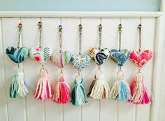 Crochet Keychain Key Fobs New Ideas Pom Pom Crafts, Yarn Crafts, Felt Crafts, Fabric Crafts, Kids Crafts, Diy And Crafts, Arts And Crafts, Deco Dyi, Sewing Projects