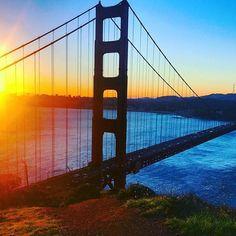 Sunrise over the golden gate bridge via @jetsetchristina on instagram