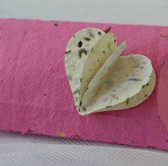 pillow box con cuore 3d in carta seminabile
