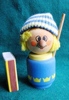 Vintage Wood People Figure Doll Boy Sweden Ljung Souvenir Design LILLA SKYRUP