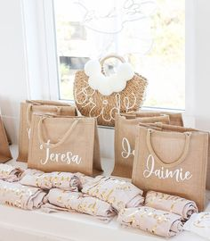 Burlap Tote Bags with personalized names make a cute beach bridesmaid gift for your tropical bachelorette! Beach Bridesmaids, Bridesmaid Gift Bags, Bridesmaid Proposal Gifts, Wedding Gifts For Bridesmaids, Gifts For Wedding Party, Classy Bridesmaid Gifts, Wedding Ideas, Wedding Gift Bags, Wedding Souvenir